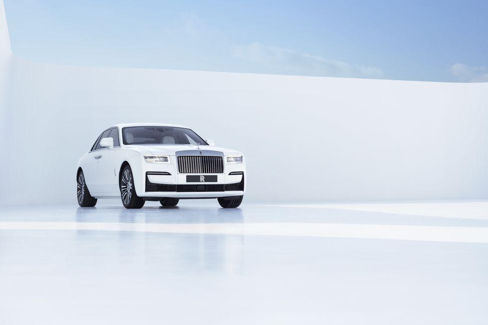 Điểm-qua-giá-bán-một-số-tùy-chọn-trên-Rolls-Royce-Ghost-thế-hệ-mới (7).jpg