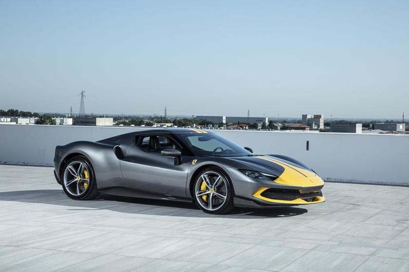 động-cơ-v6-trên-siêu-xe-Ferrari-296-GTB-có-gì-đặc-biệt (5).jpg