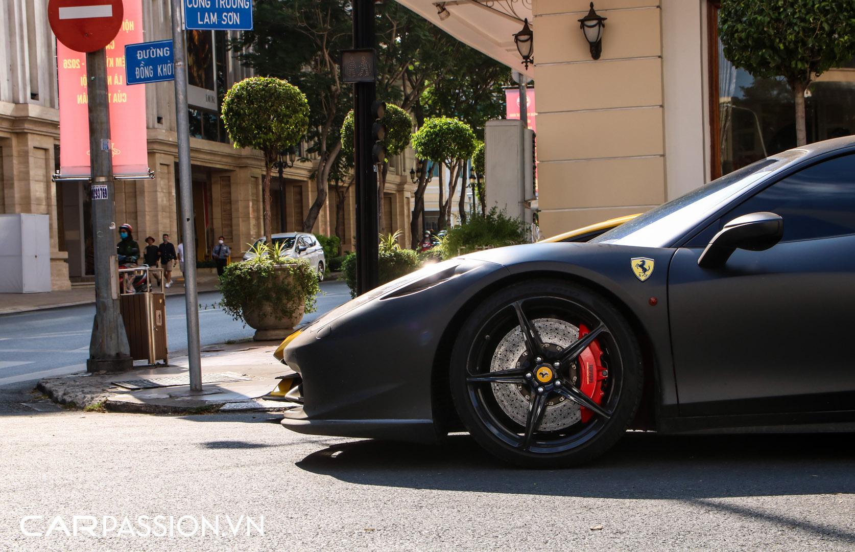 Ferrari 458 Italia đen mờ22.JPG
