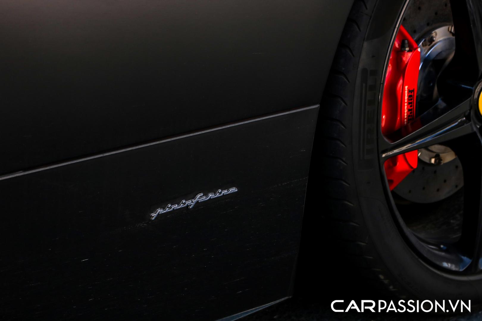 Ferrari 458 Italia đen mờ25.JPG