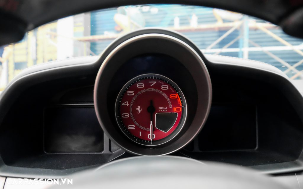 Ferrari 458 Italia đen mờ29.jpg
