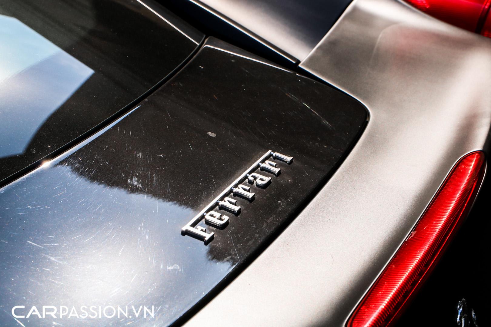 Ferrari 458 Italia đen mờ9.JPG