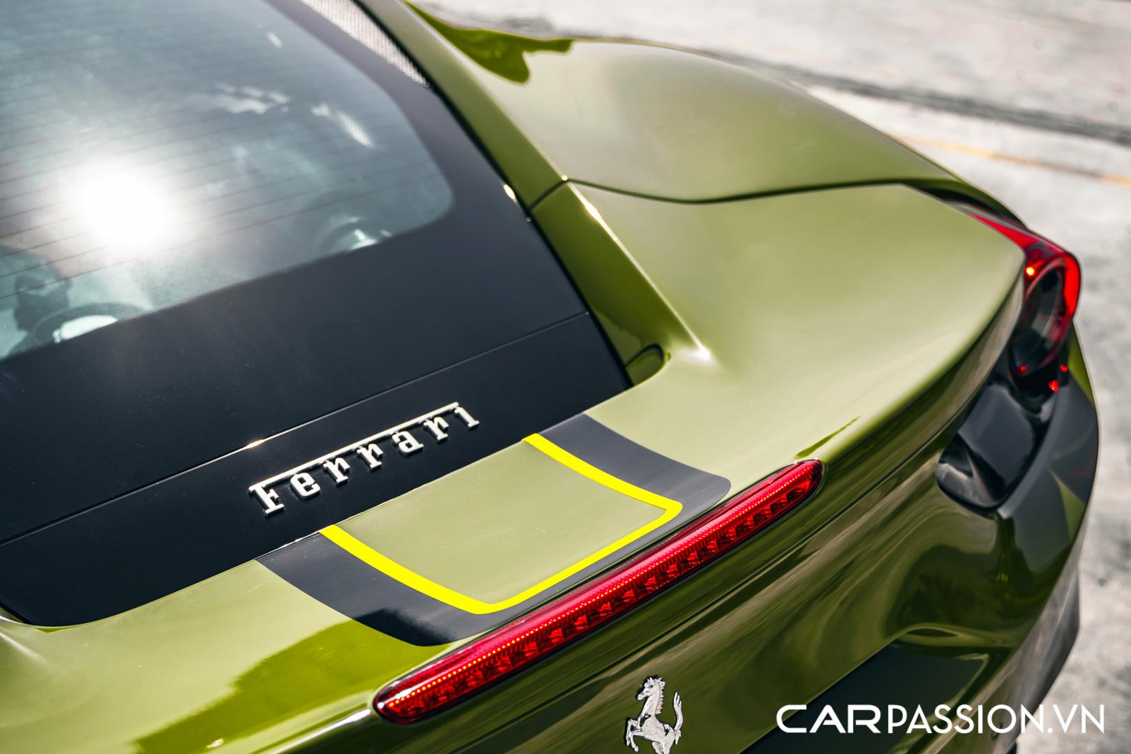 Ferrari 488 GTB màu xanh quân đội10.JPG