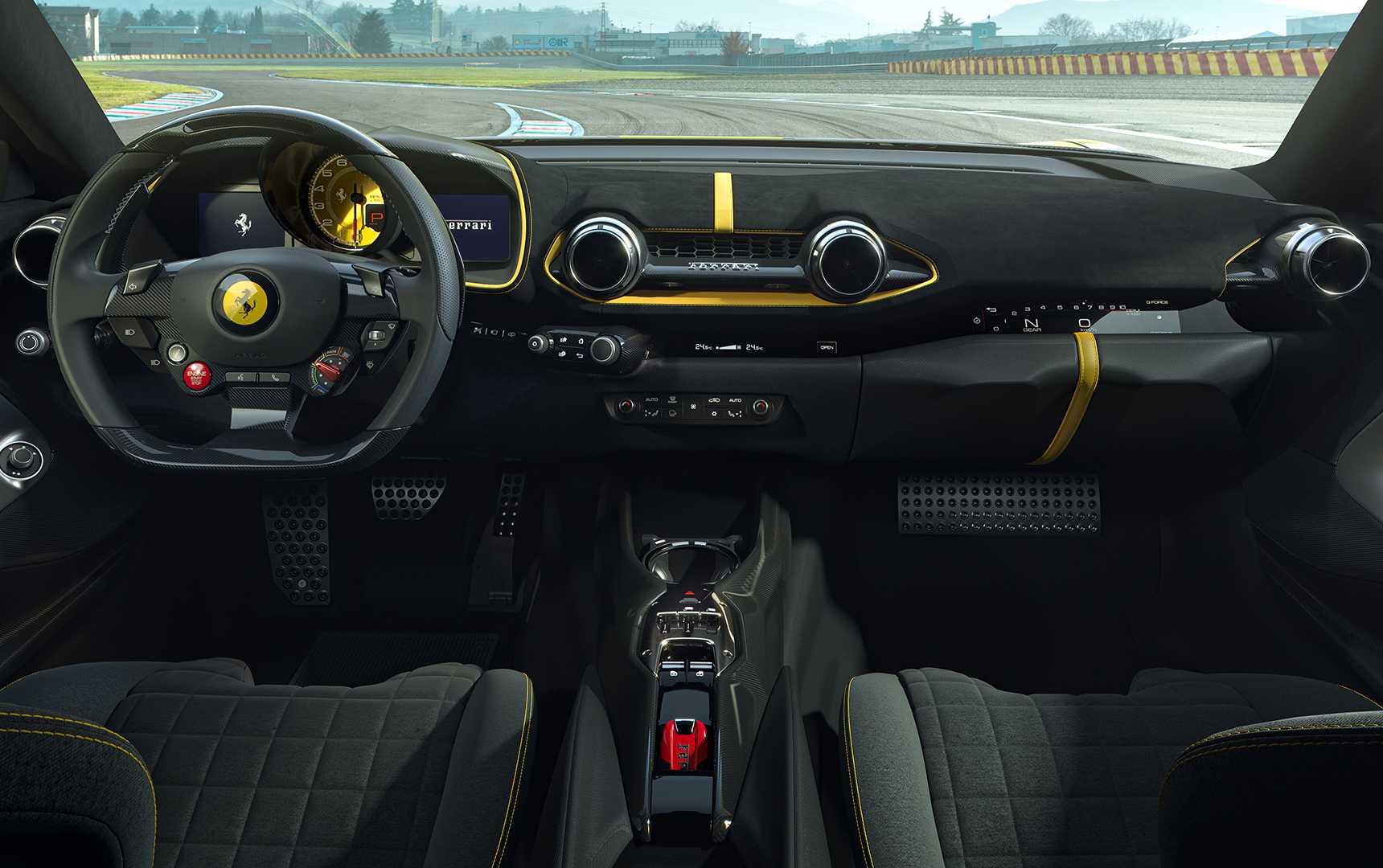 Ferrari-812-giới-hạn-ra-mắt (2).jpg