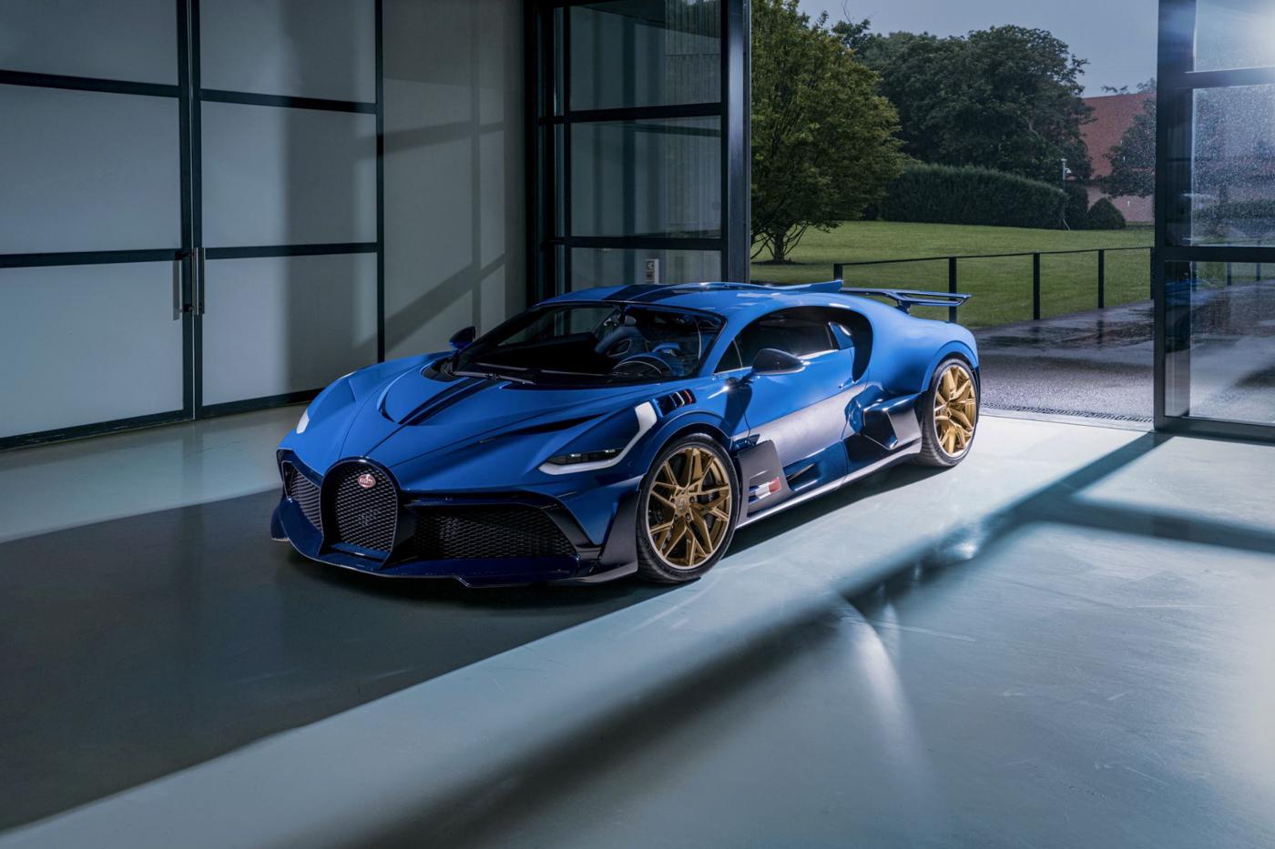 Final Bugatti Divo (5).JPG