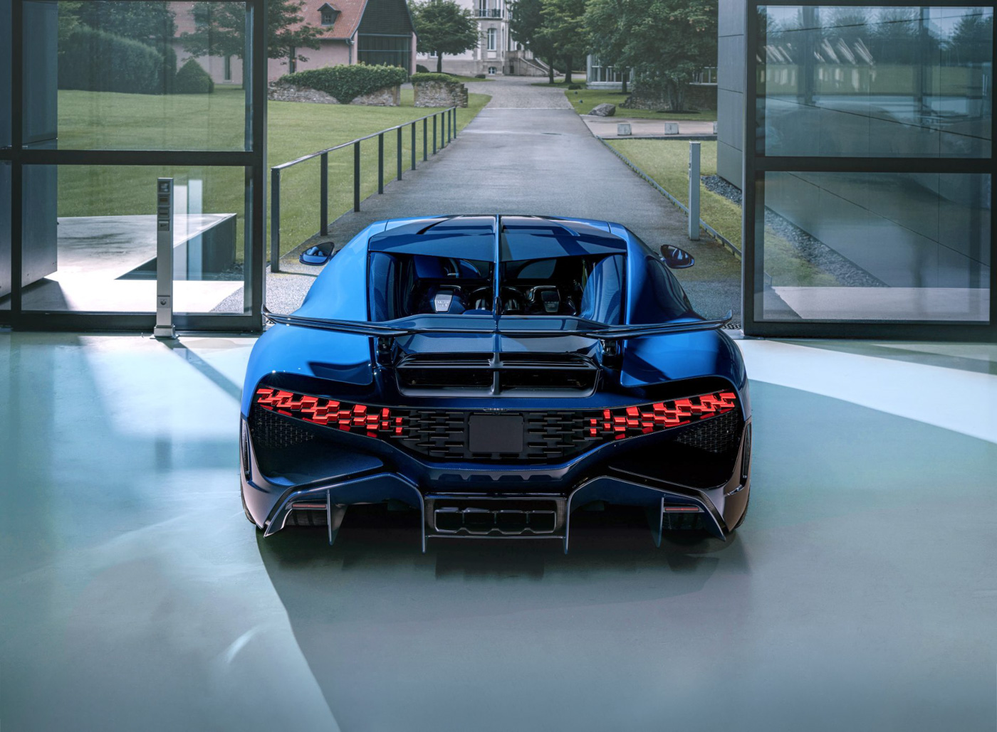 Final Bugatti Divo (8).JPG