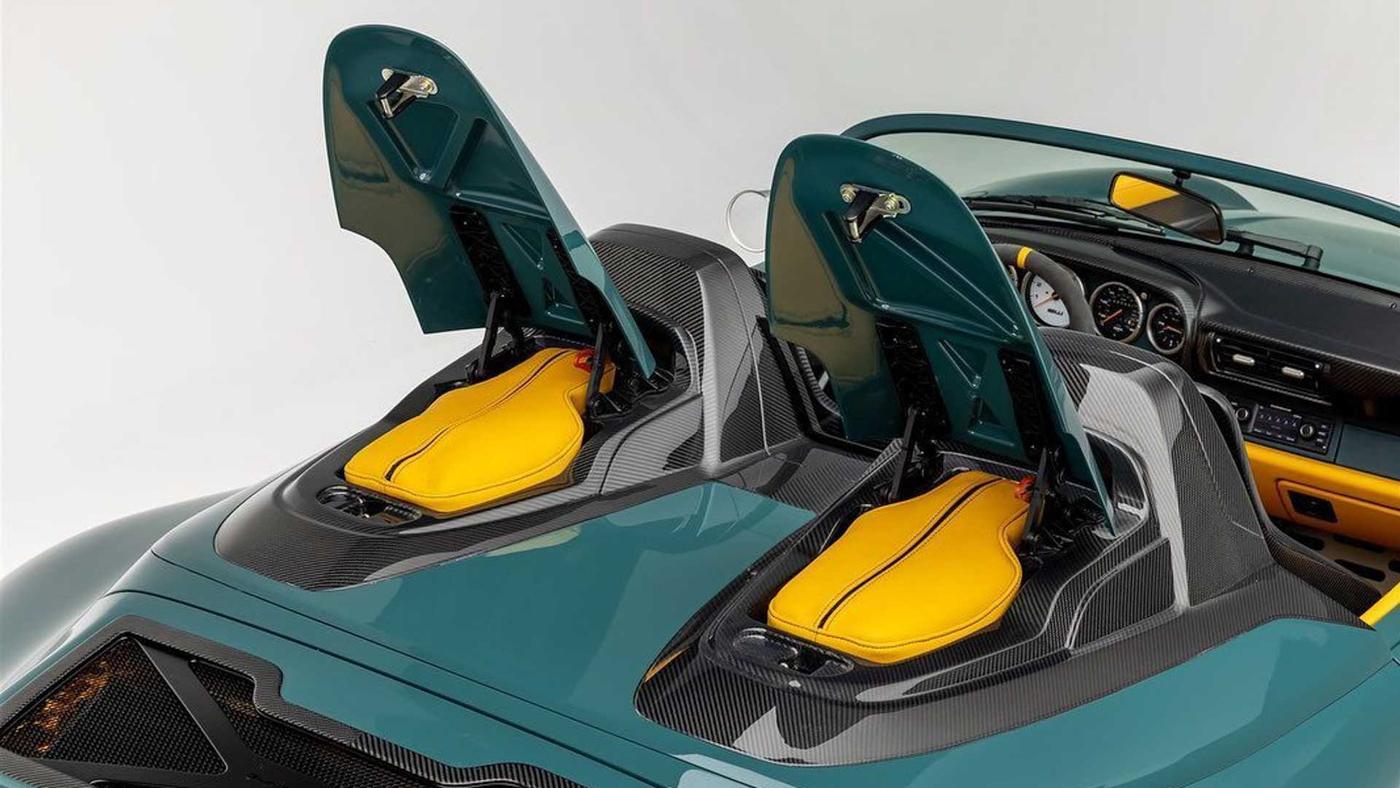 Gunther Werks 993 Speedster (6).JPG