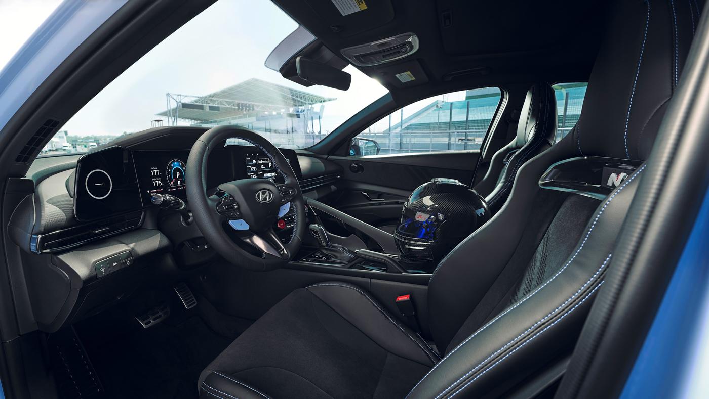 Hyundai Elantra N (8).JPG
