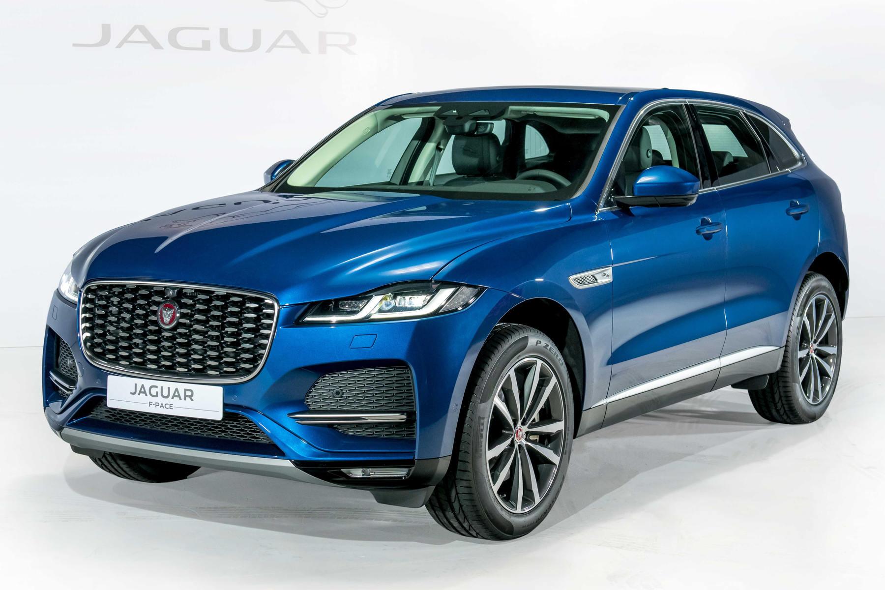 Jaguar F-Pace ngoai that 1.JPG
