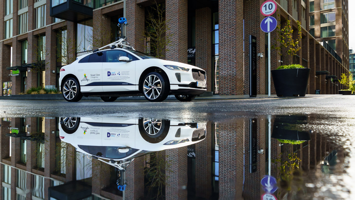 Jaguar-Land-Rover-cùng-Google-đo-chất-lượng-không-khí-với-xe-điện-I-Pace (1).jpg