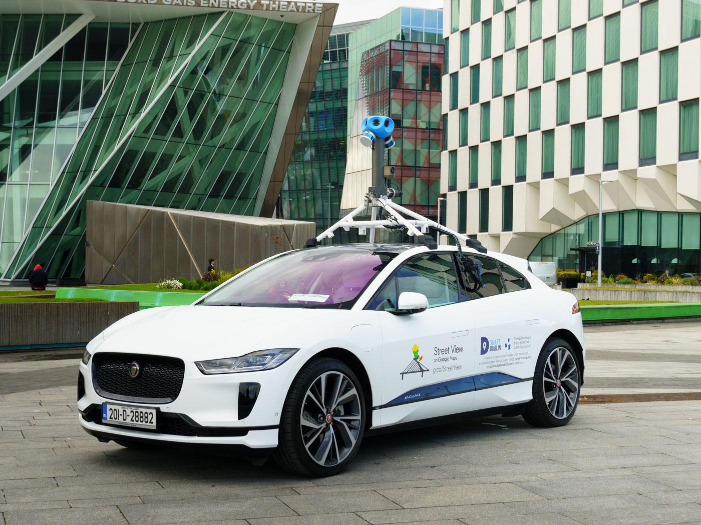 Jaguar-Land-Rover-cùng-Google-đo-chất-lượng-không-khí-với-xe-điện-I-Pace (2).jpg