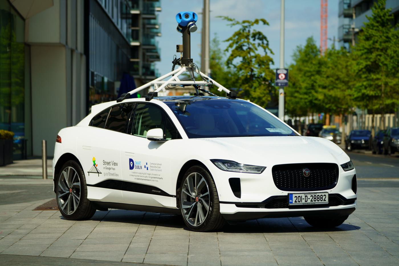 Jaguar-Land-Rover-cùng-Google-đo-chất-lượng-không-khí-với-xe-điện-I-Pace (3).jpg