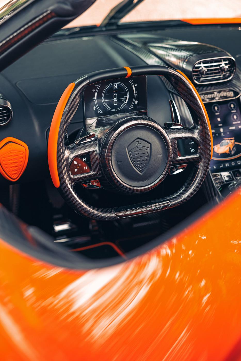 Koenigsegg-Jesko-thương-mại-đầu-tiên-xuất-xưởng (4).jpg