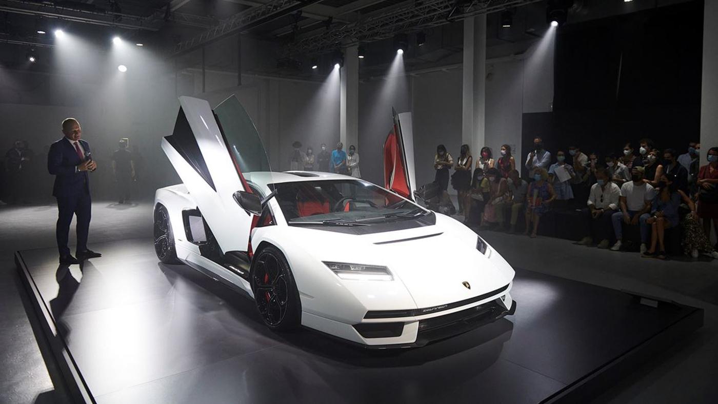 Lamborghini at Milan Design Week (10).JPG