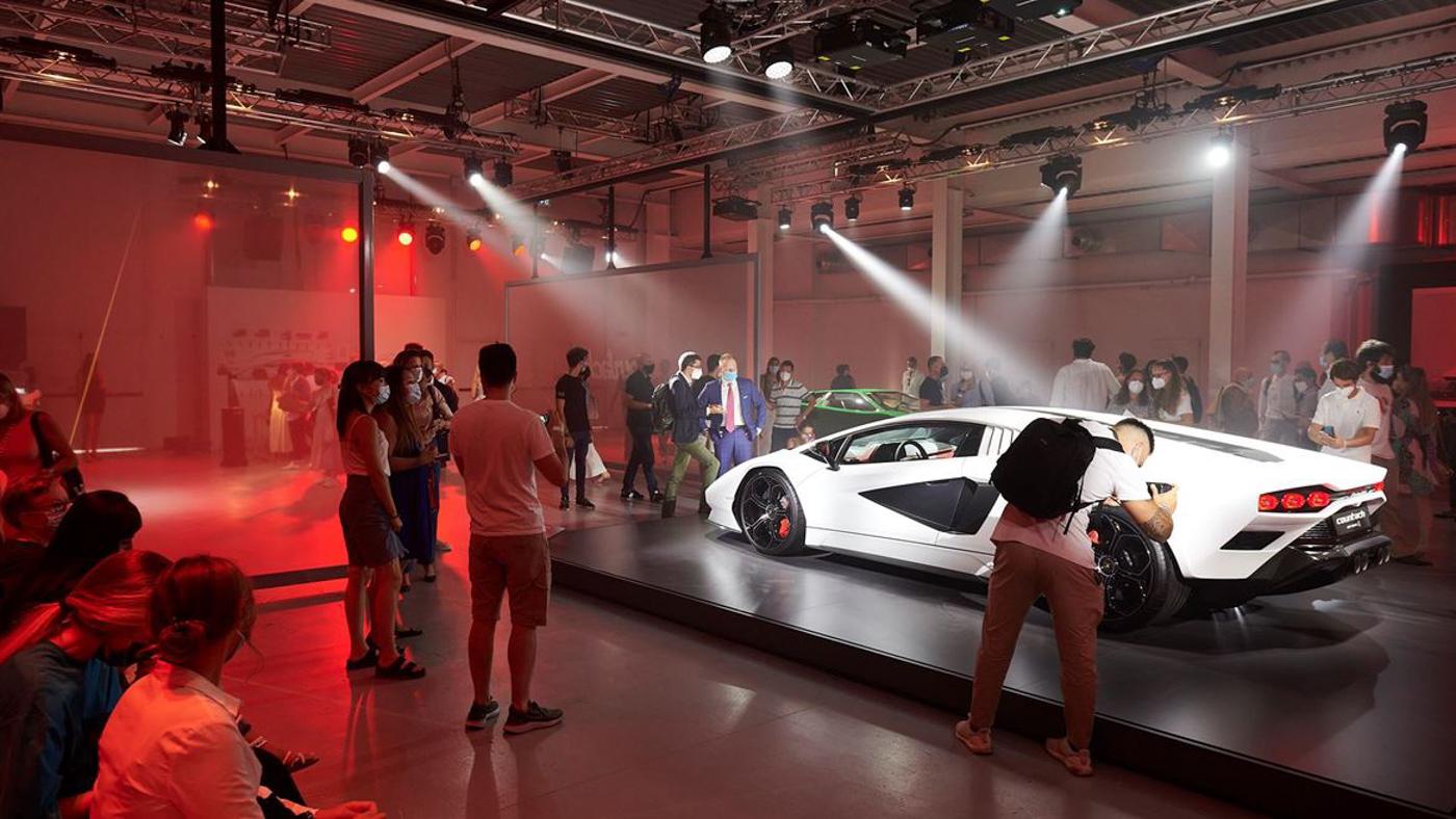 Lamborghini at Milan Design Week (11).JPG