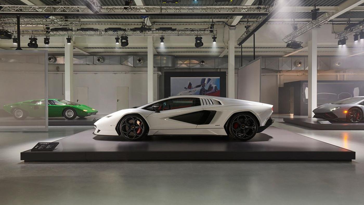 Lamborghini at Milan Design Week (13).JPG