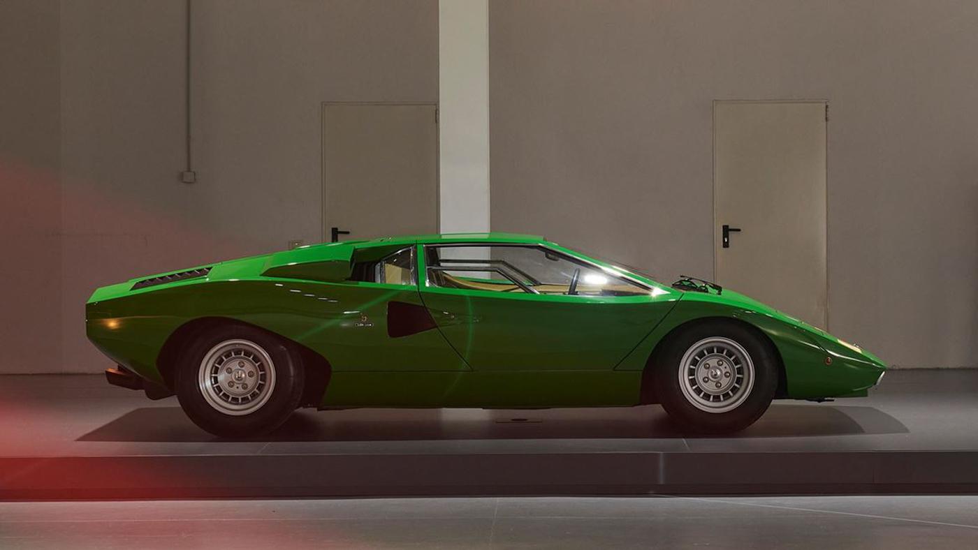 Lamborghini at Milan Design Week (8).JPG