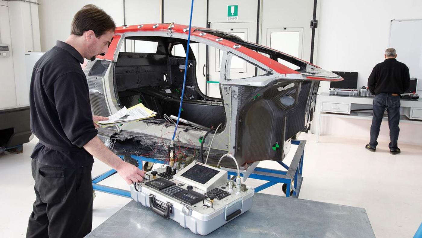 Lamborghini Carbon Composite (13).JPG