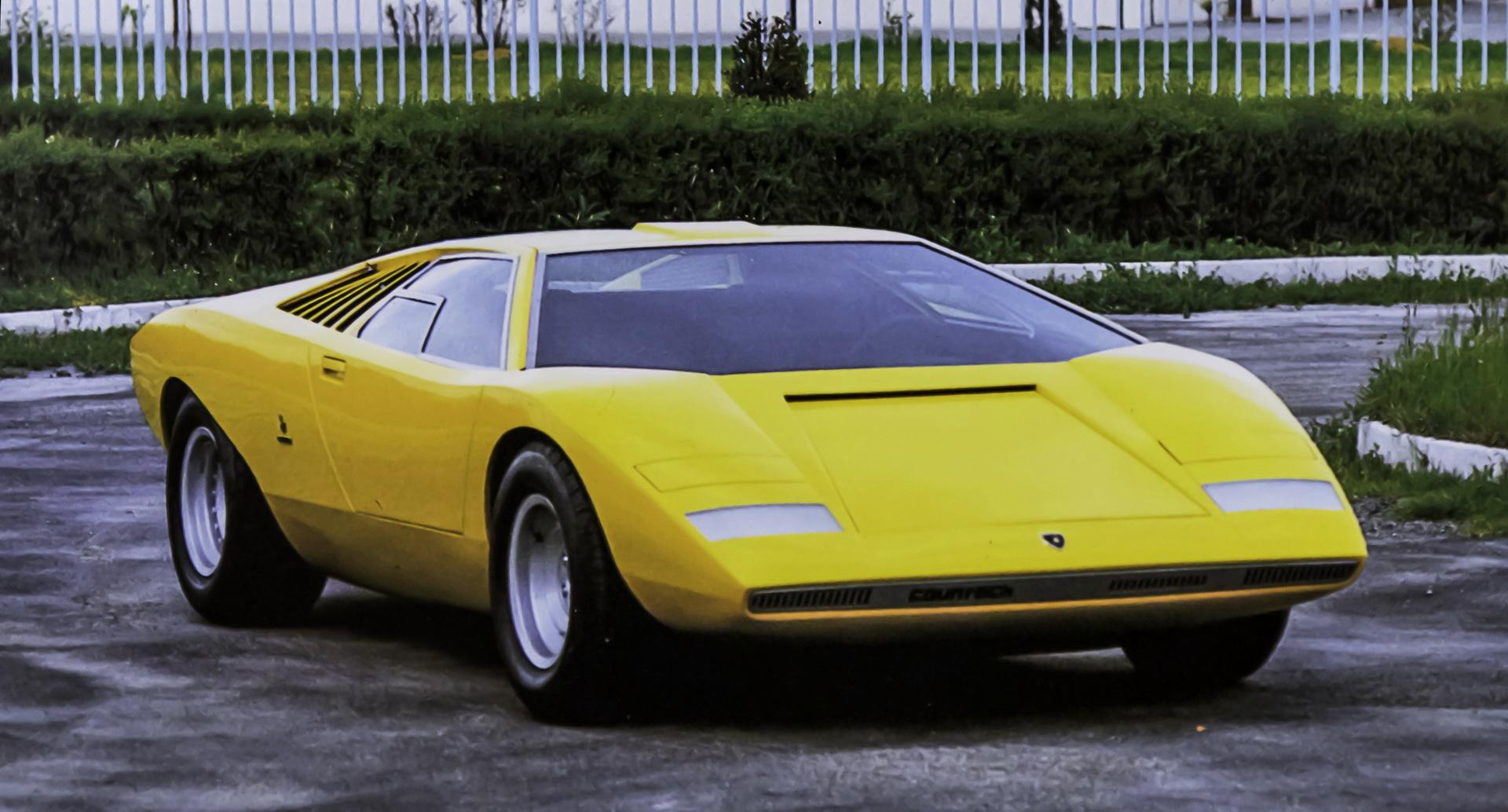 Lamborghini-Countach-LP500-Prototype-03.jpg