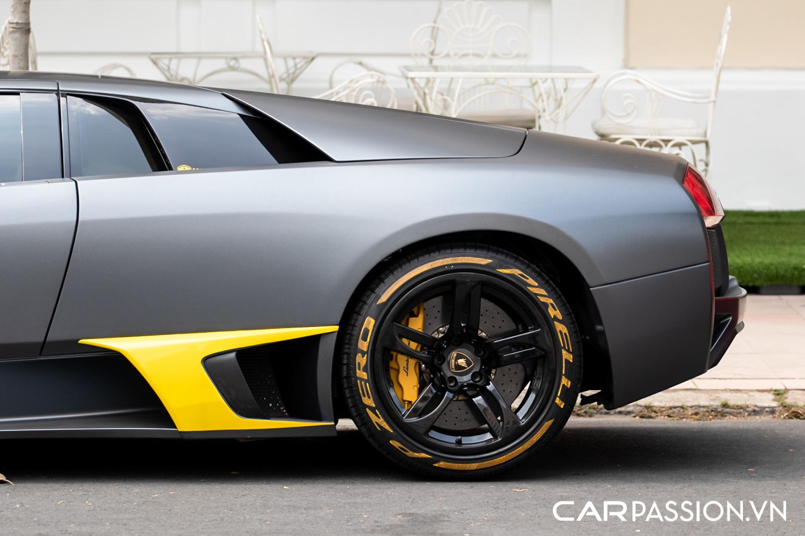 Lamborghini Murcielago đen mờ (23).JPG