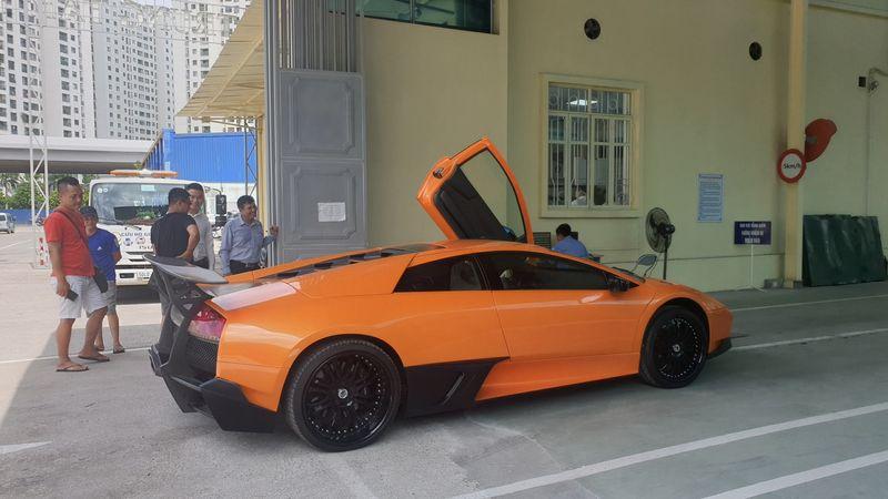 Lamborghini Murcielago1.jpg