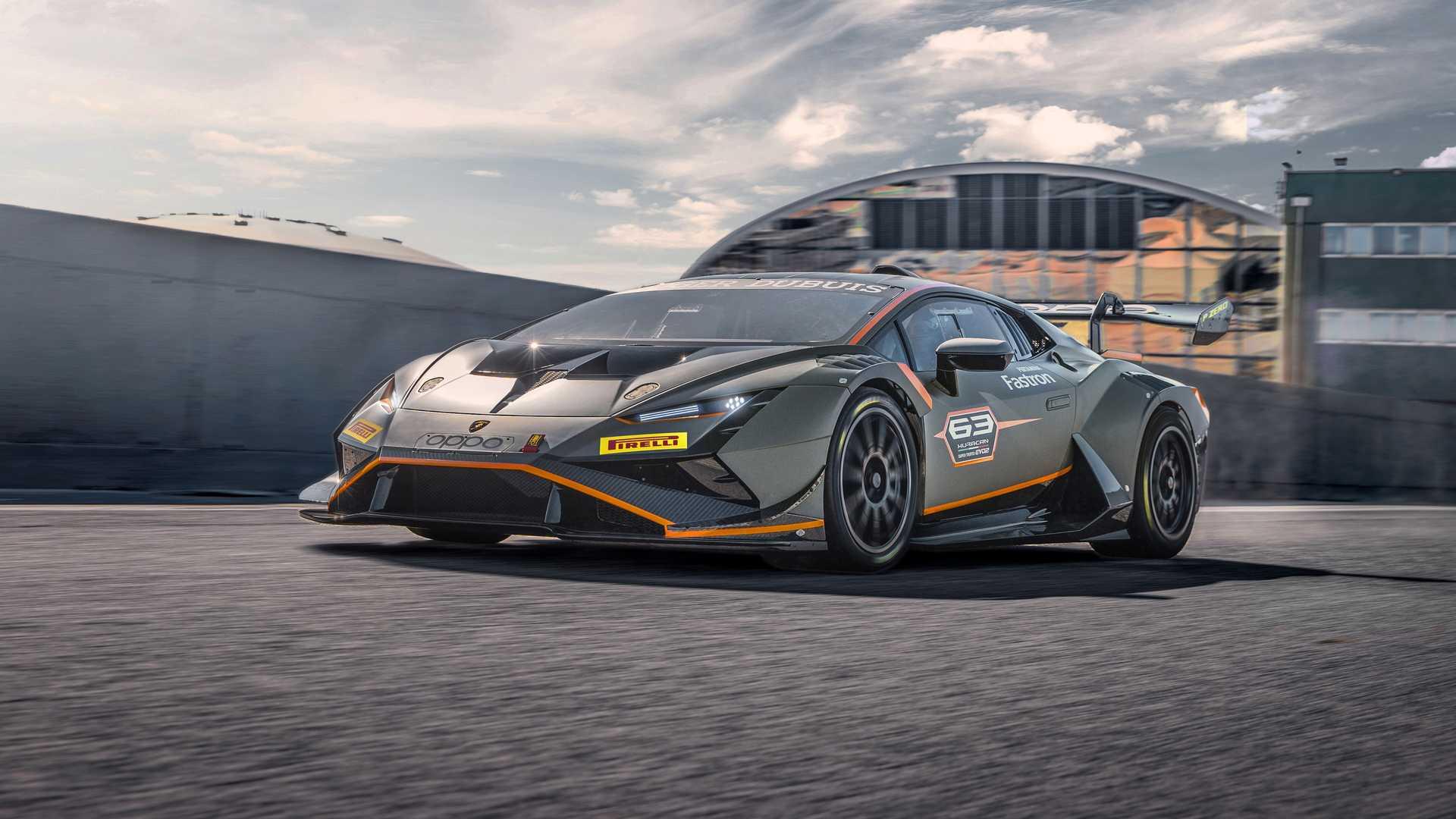 Lamborghini-trình-làng-xe-đua-Huracán-Super-Trofeo-EVO2 (11).jpg