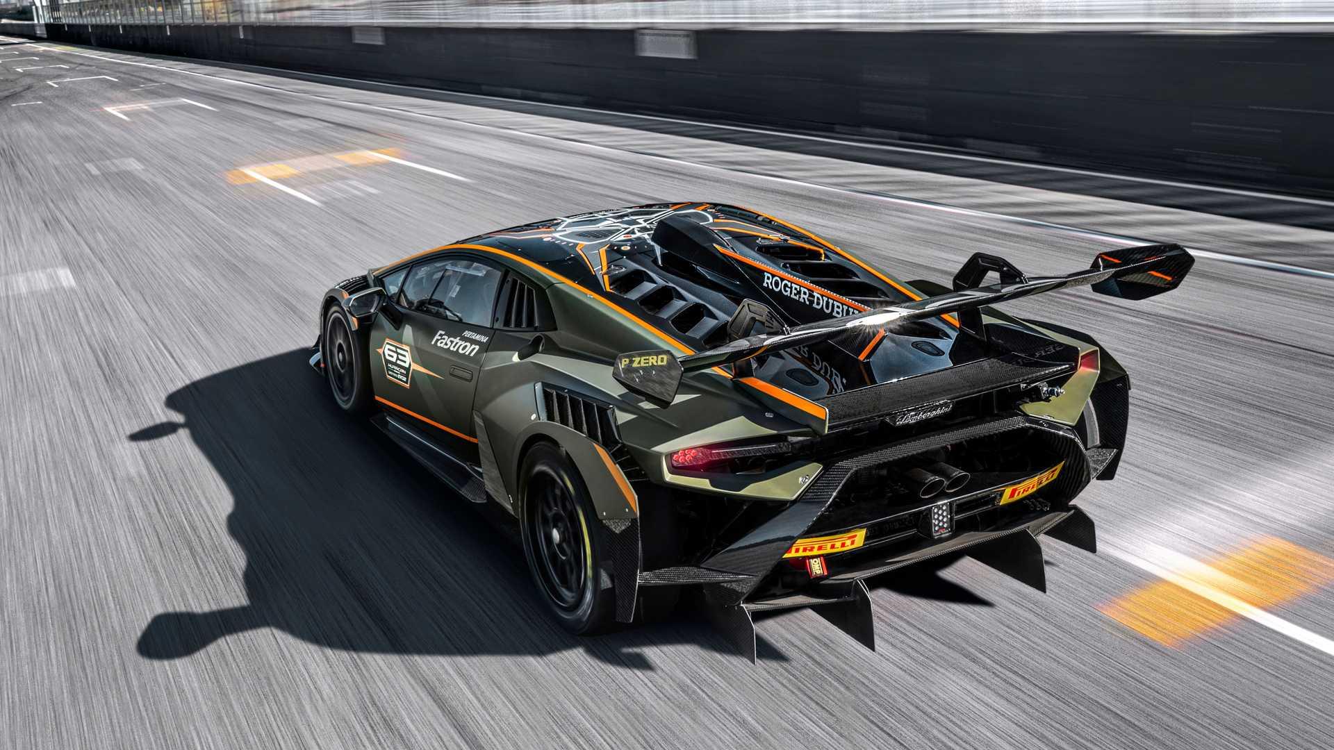 Lamborghini-trình-làng-xe-đua-Huracán-Super-Trofeo-EVO2 (14).jpg