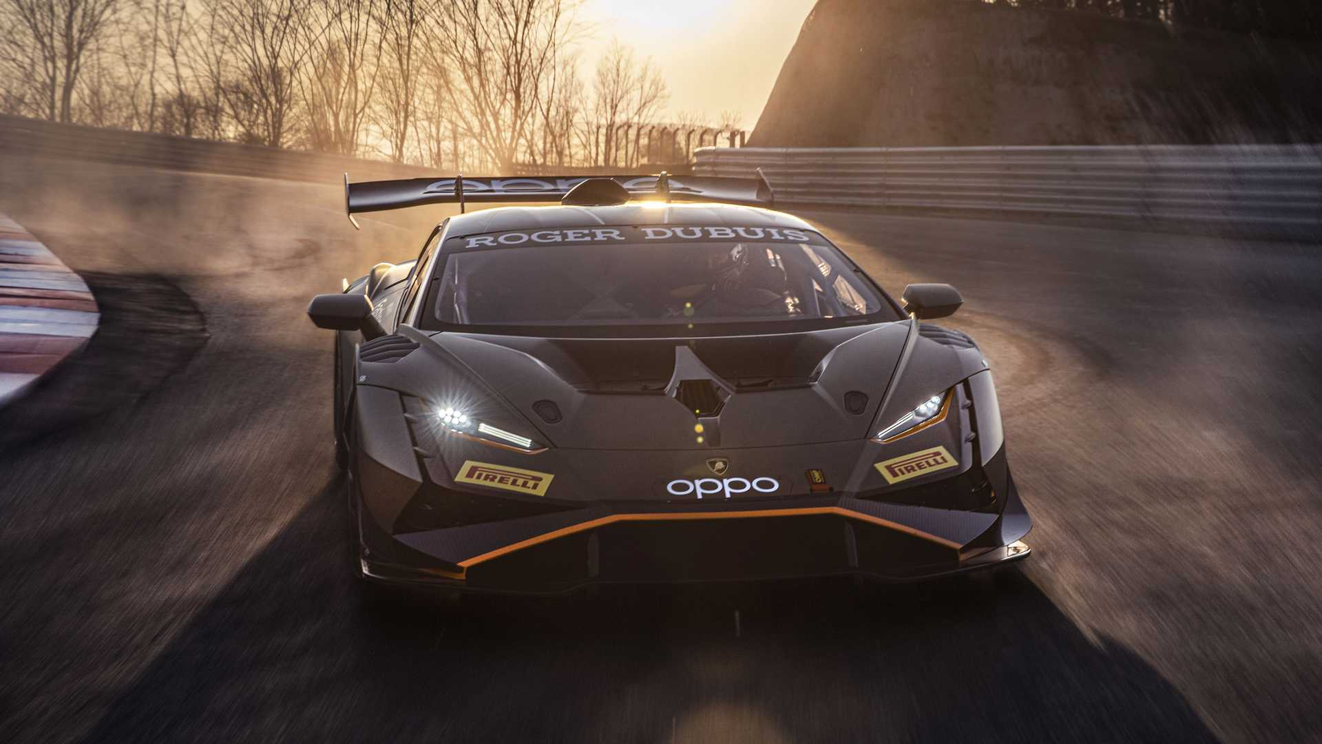 Lamborghini-trình-làng-xe-đua-Huracán-Super-Trofeo-EVO2 (3).jpg