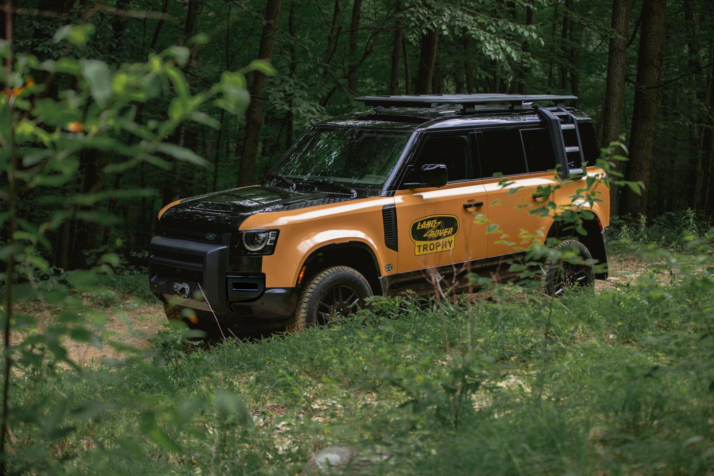 Land-Rover-Defender-L663-Trophy-Edition-10.jpg