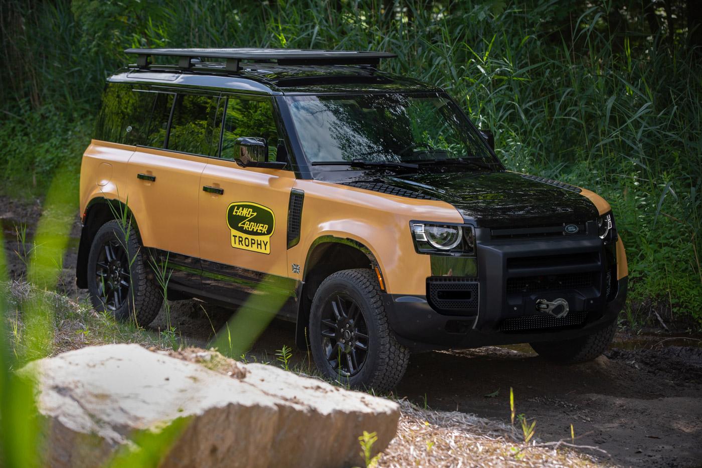 Land-Rover-Defender-L663-Trophy-Edition-4.jpg
