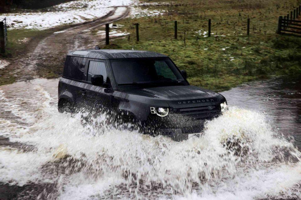 Land-Rover-Defender-V8-25_result-1024x683.jpg
