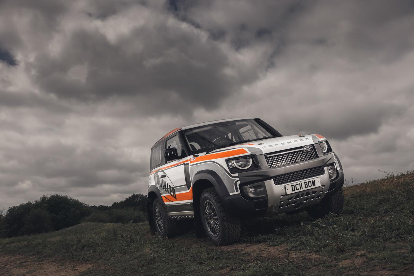 Land-Rover-hợp-tác-cùng-Bowler-ra-mắt-phiên-bản-đua-địa-hình-của-Defender-31.jpg
