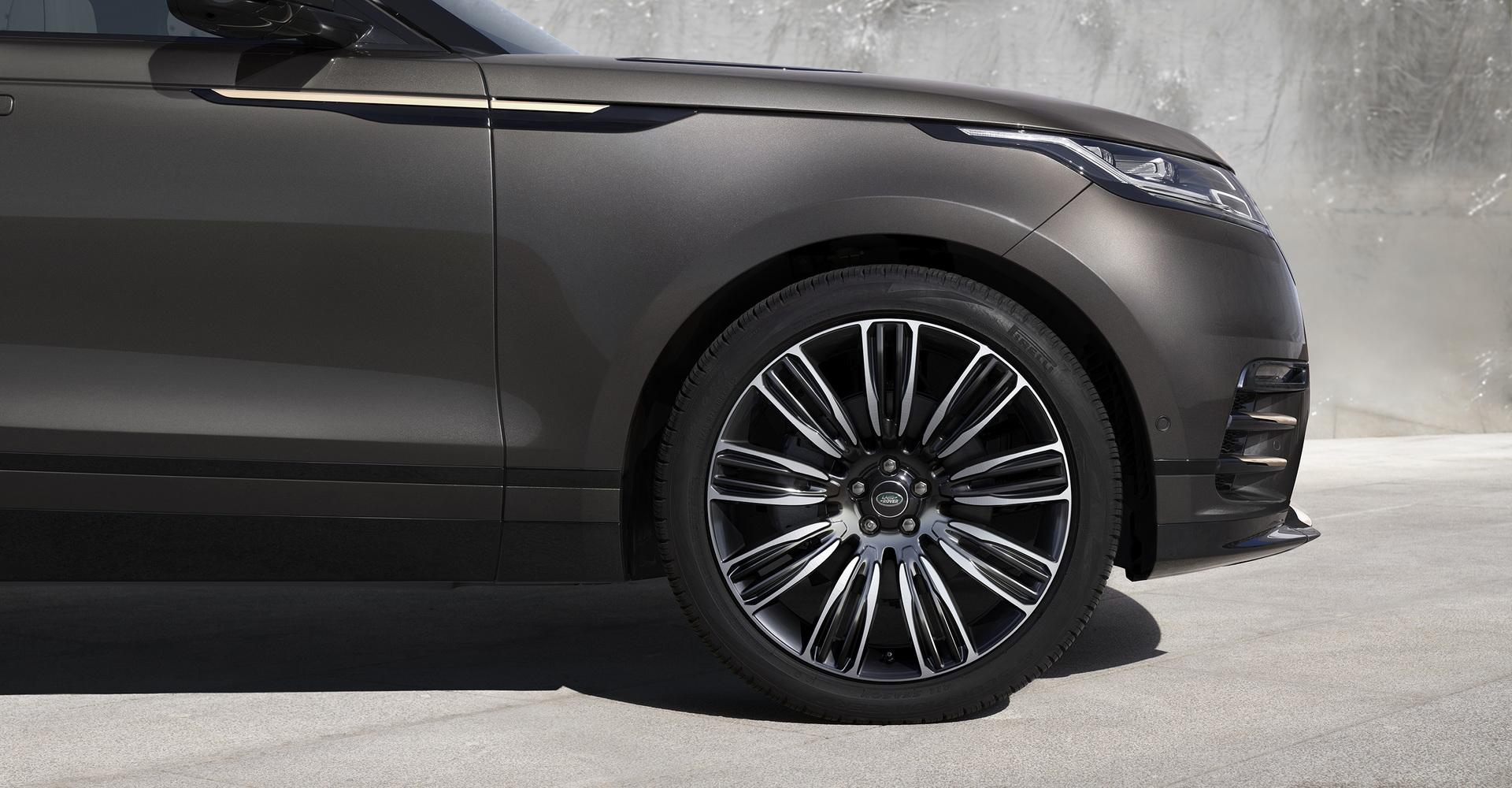 Land-Rover-ra-mắt-Range-Rover-Velar-2022-với-nhiều-nâng-cấp (1).jpg