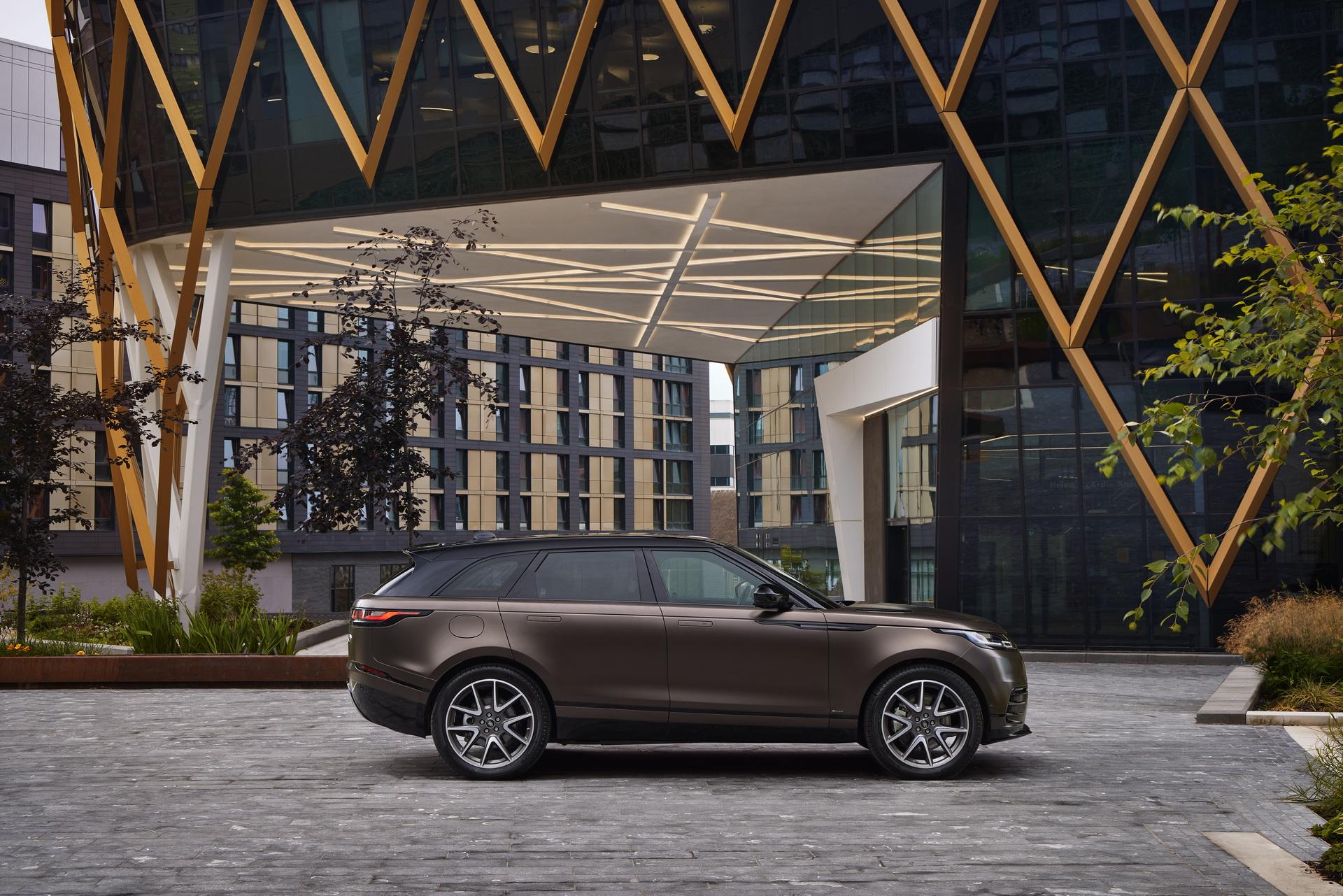 Land-Rover-ra-mắt-Range-Rover-Velar-2022-với-nhiều-nâng-cấp (7).jpg