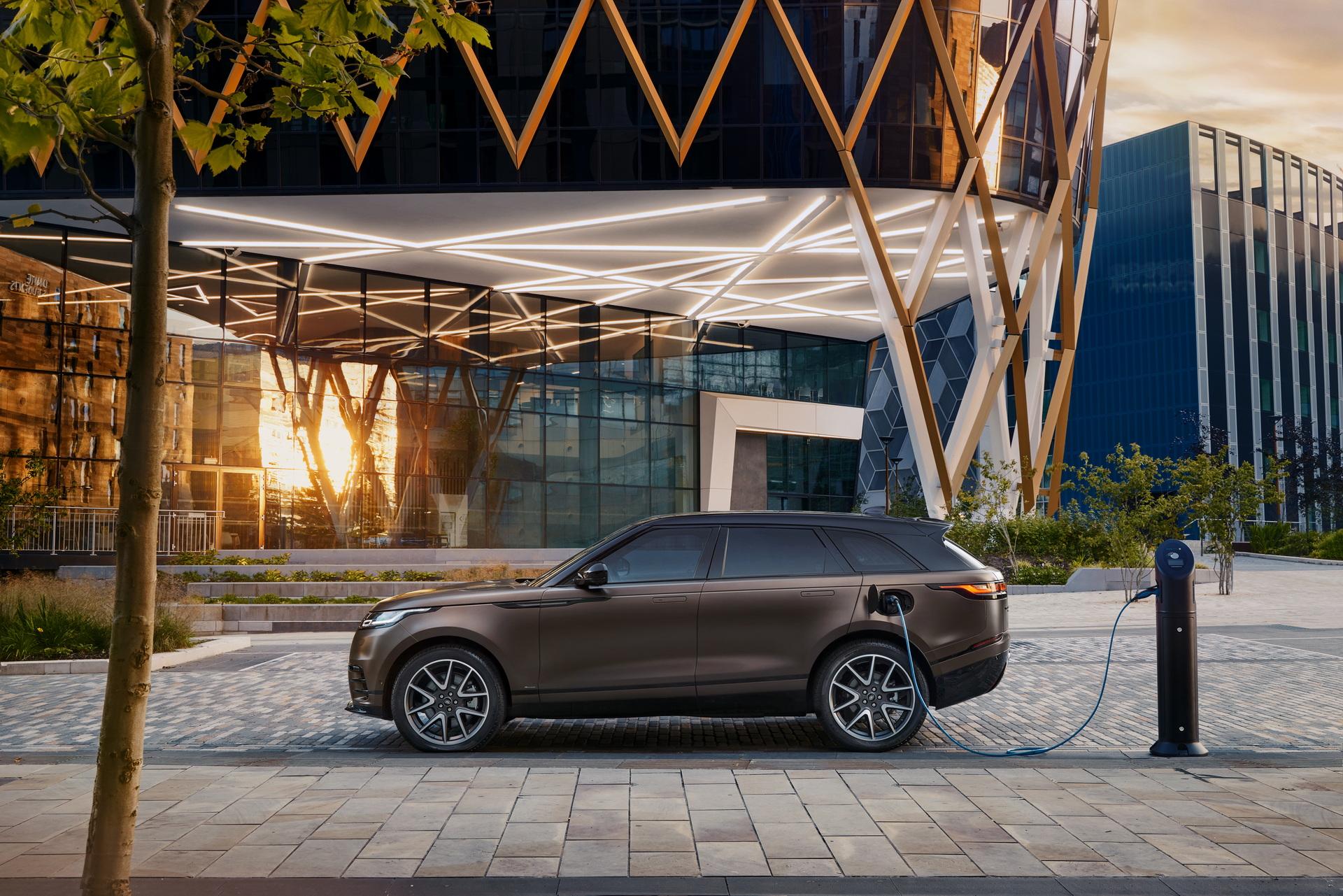 Land-Rover-ra-mắt-Range-Rover-Velar-2022-với-nhiều-nâng-cấp (9).jpg