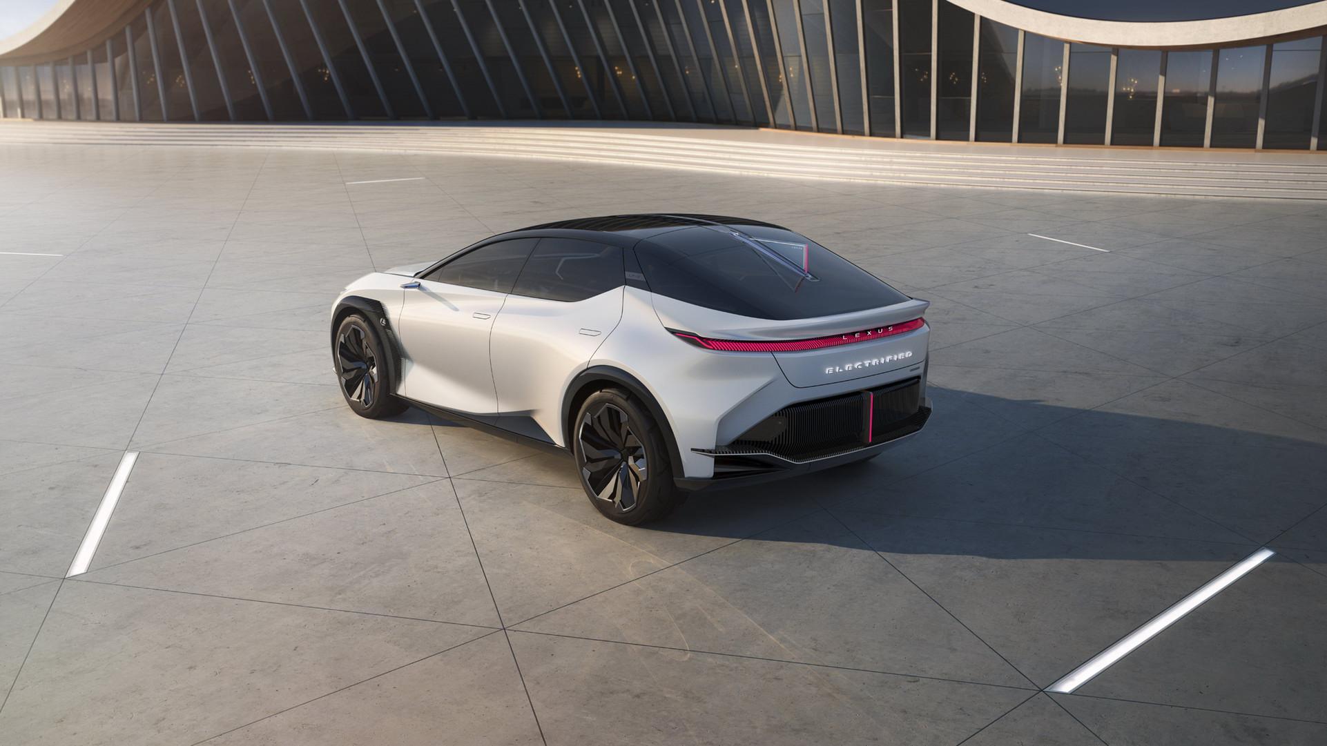 Lexus LF-Z Concept (18).jpg