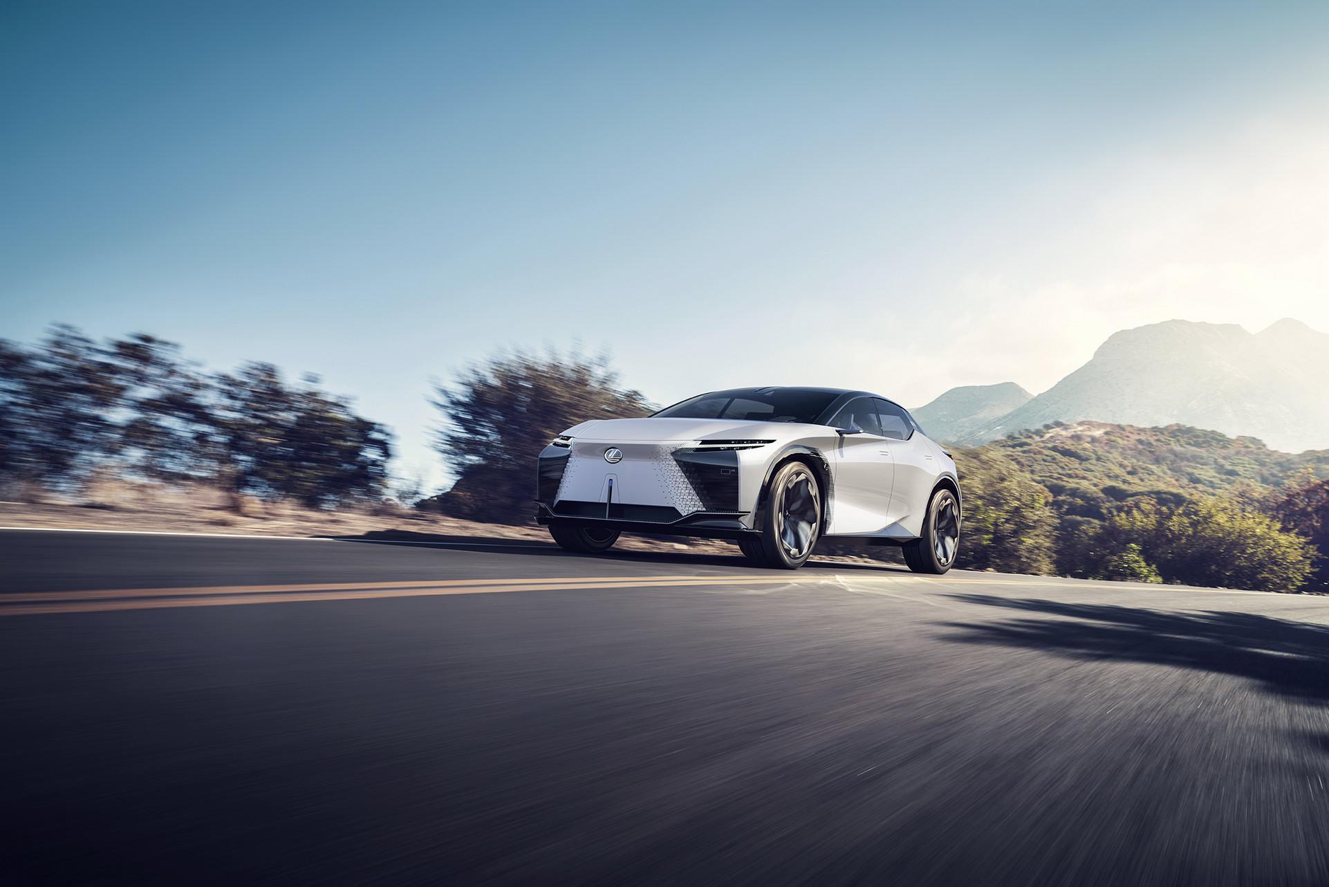Lexus LF-Z Concept (9).jpg