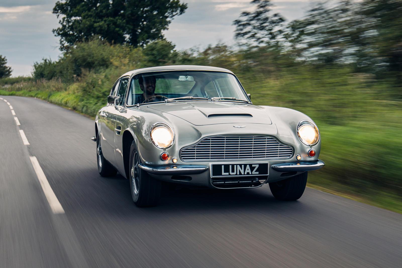 Lunaz Aston Martin DB6 (4).jpg