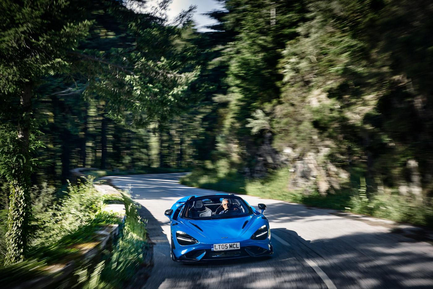McLaren-765-LT-Spider-siêu-xe-mui-trần-hiệu-năng-cao-dẫn-đầu-phân-khúc-12.jpg