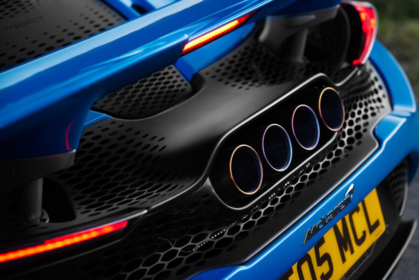 McLaren-765-LT-Spider-siêu-xe-mui-trần-hiệu-năng-cao-dẫn-đầu-phân-khúc-16.jpg