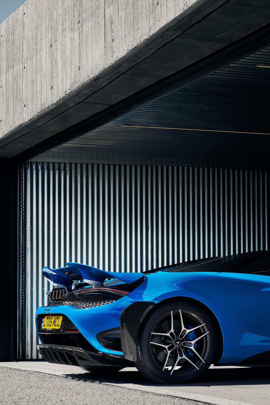 McLaren-765-LT-Spider-siêu-xe-mui-trần-hiệu-năng-cao-dẫn-đầu-phân-khúc-4.jpg