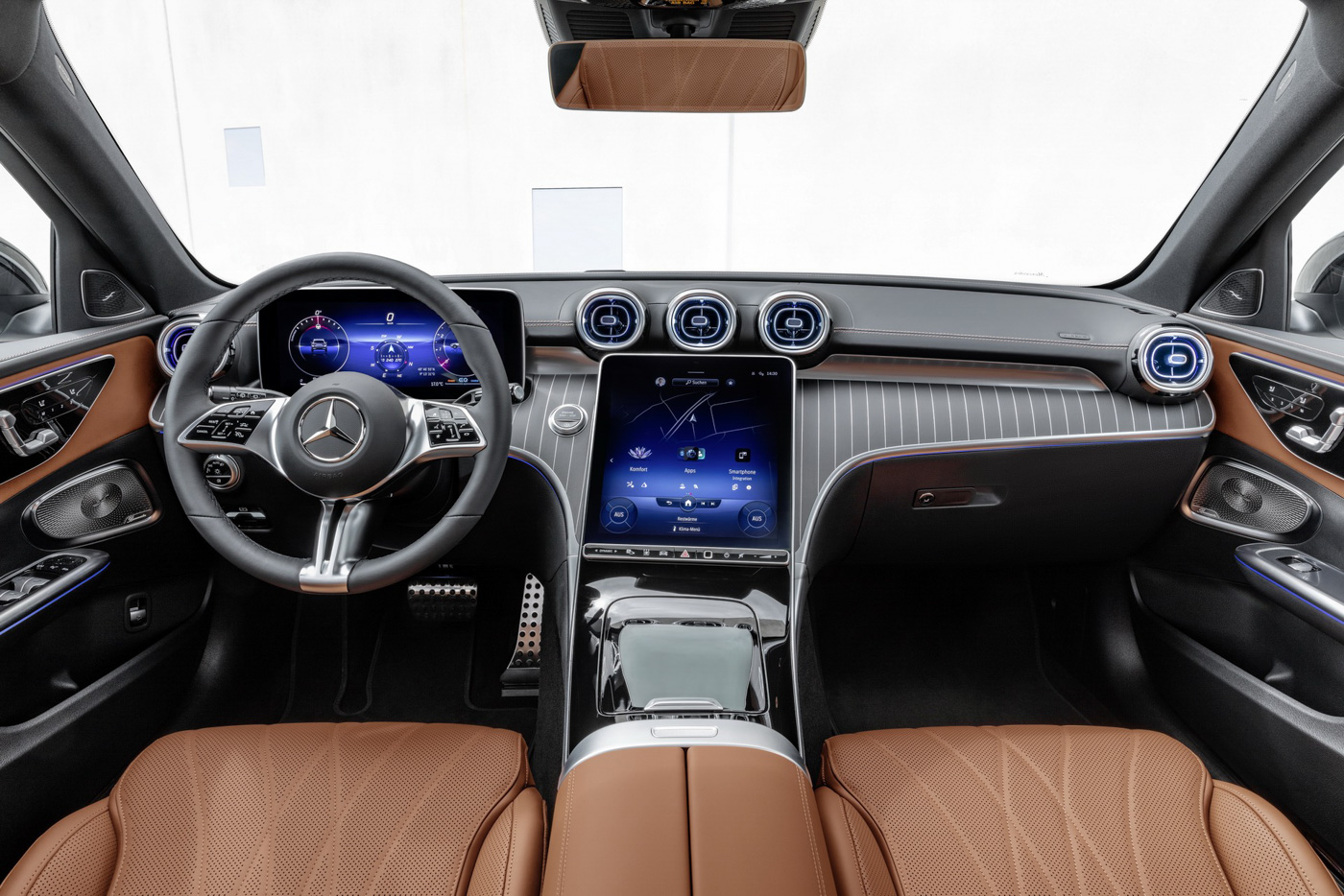 Mercedes-benz-c-class-all-terrain-di-den-moi-noi-cung-mau-xe-gia-dinh-day-thuc-dung (5).JPG