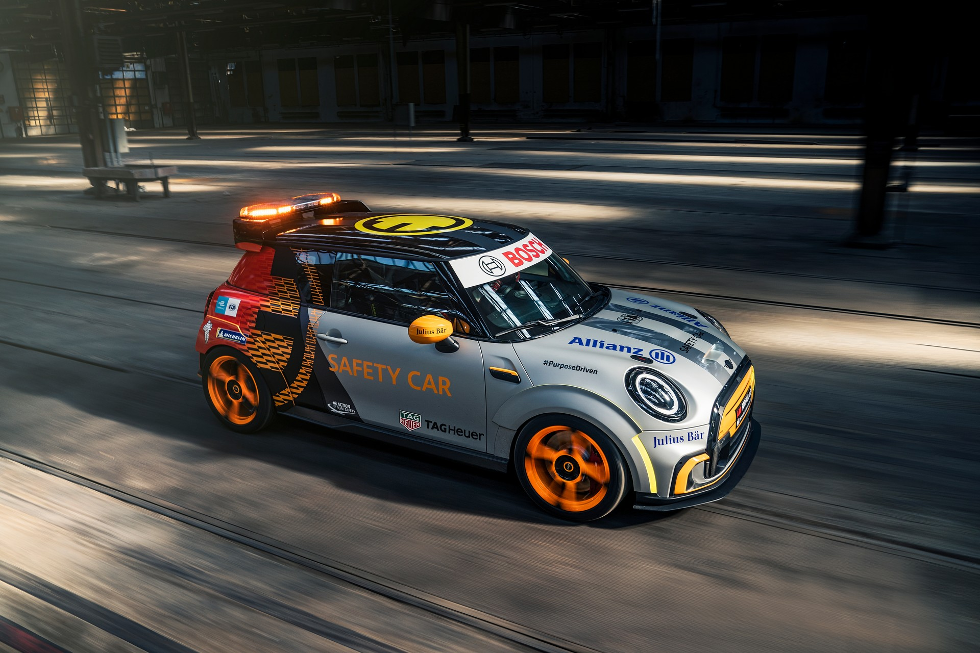 MINI-Electric-Pacesetter-50.jpg