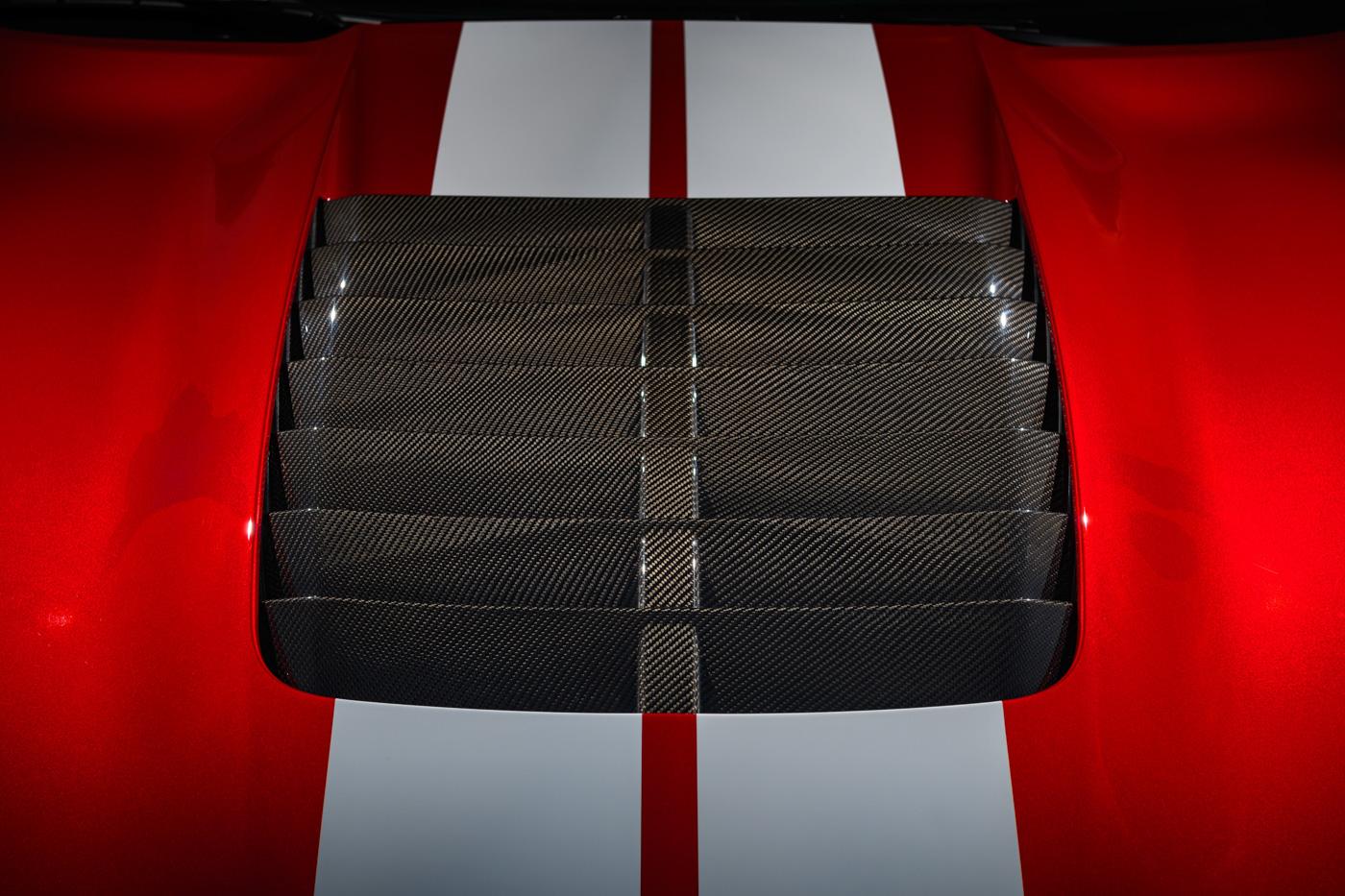 Mustang_GT_500_Carbon_Fiber_Hood_Vent_01.jpg