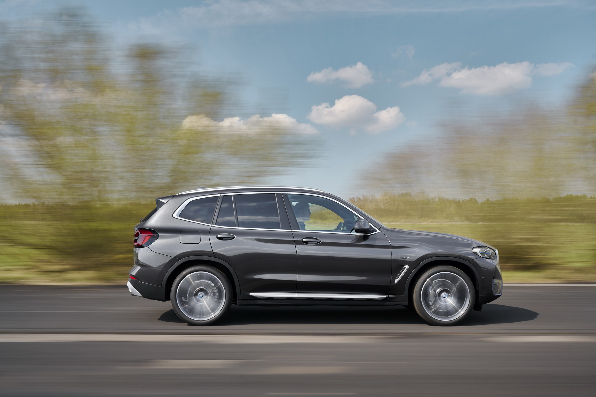 New X3 and X4 (19).JPG