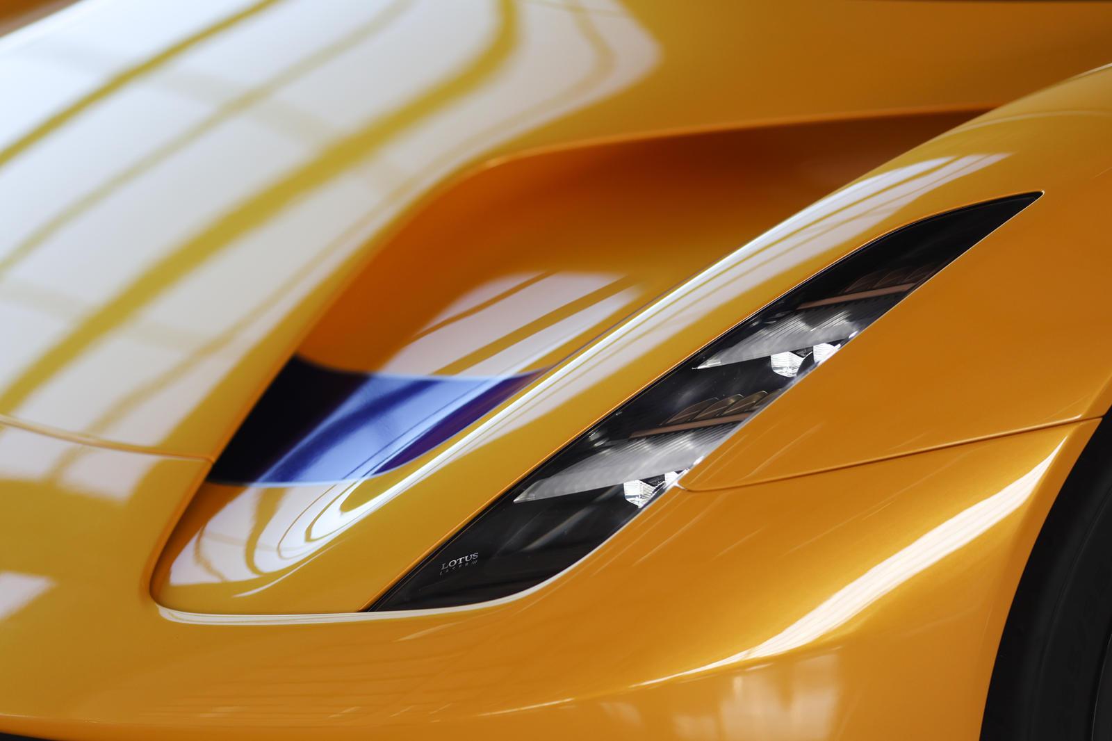 những-mẫu-xe-được-Lotus-mang-đến-Monterey-Car-Week-2021 (5).jpg