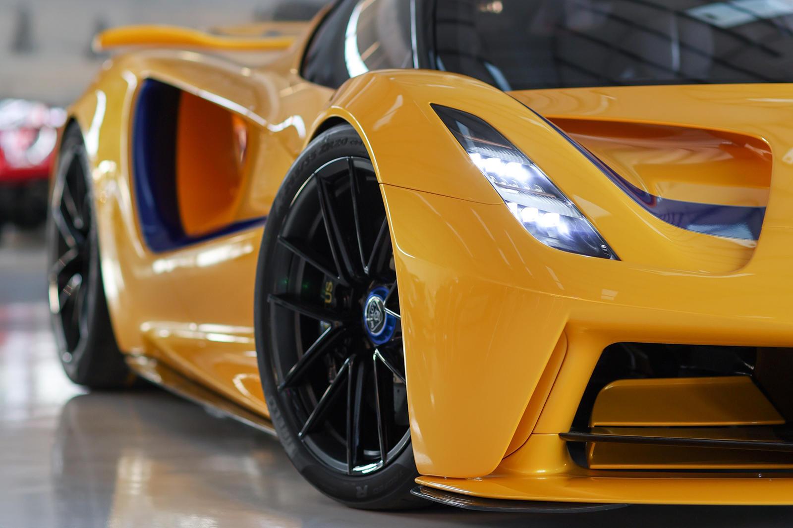 những-mẫu-xe-được-Lotus-mang-đến-Monterey-Car-Week-2021 (6).jpg