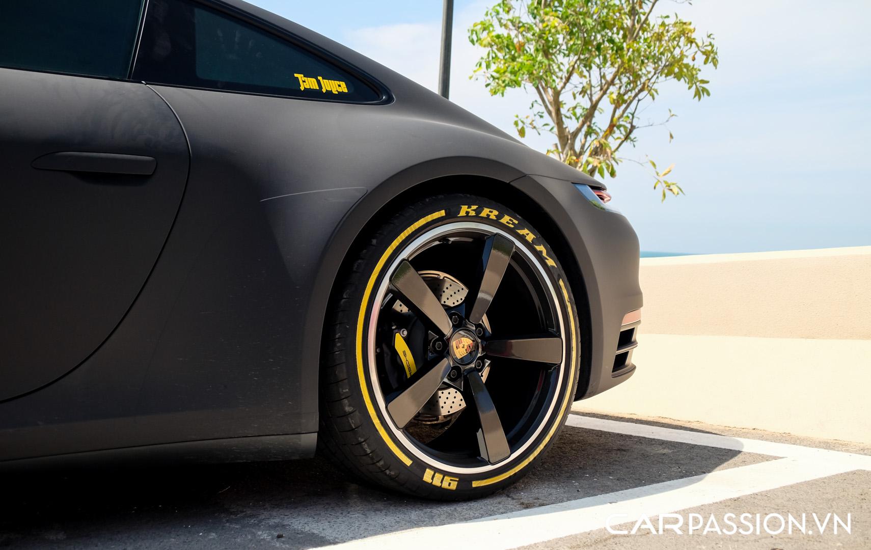 Porsche 911 của vợ chồng YouTuber (12).JPG