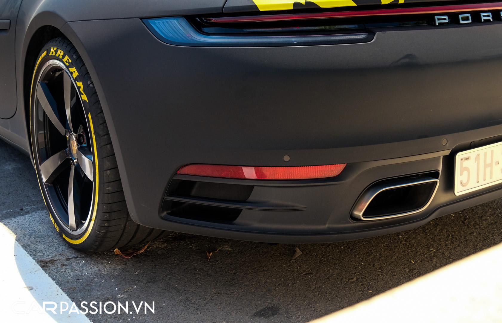 Porsche 911 của vợ chồng YouTuber (17).JPG