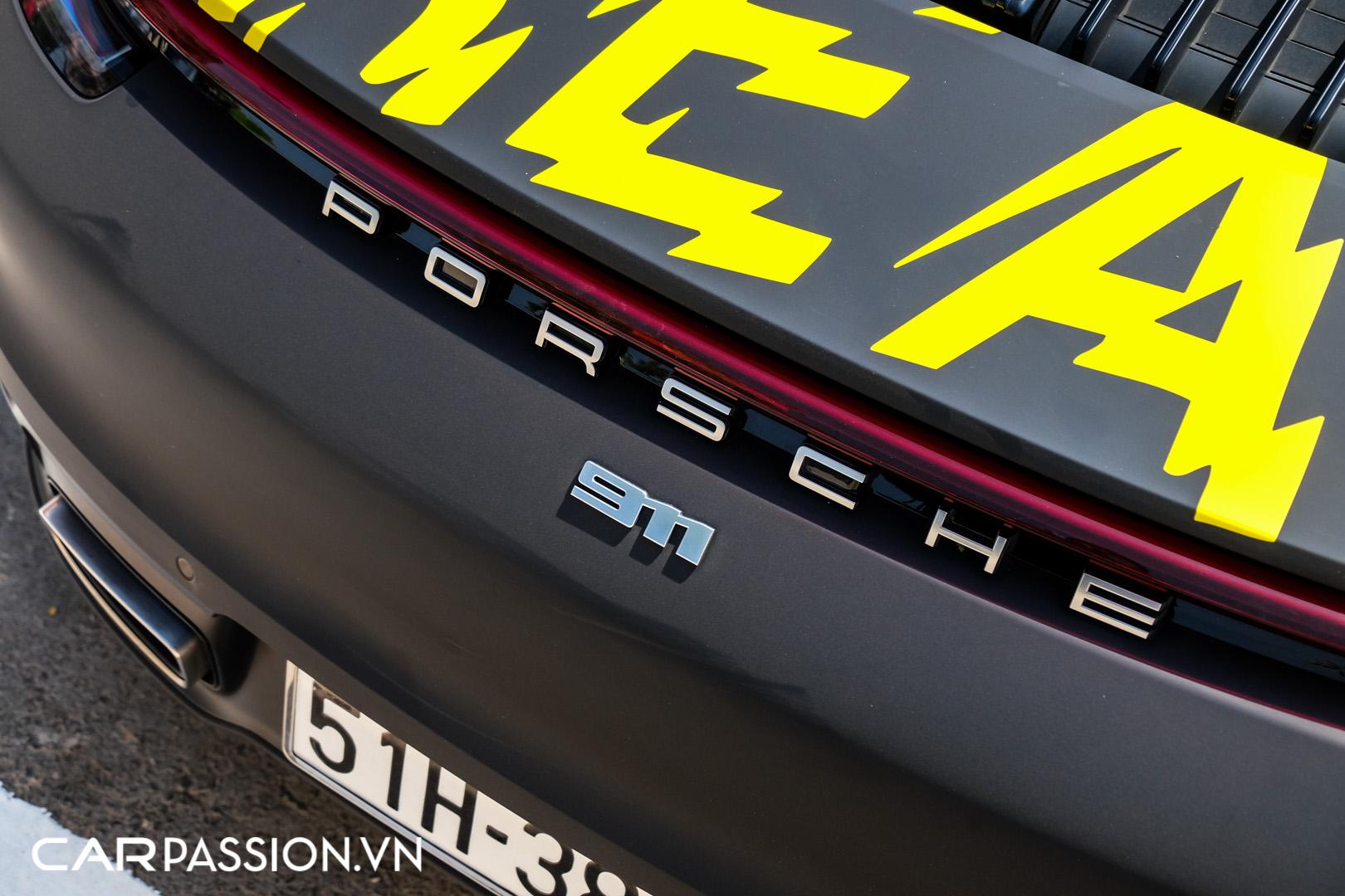 Porsche 911 của vợ chồng YouTuber (21).JPG